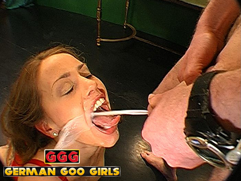 Ery=lesbian lips or fetish
